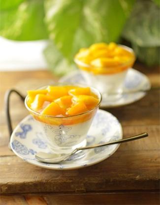 マンゴーたっぷりブランマンジェ